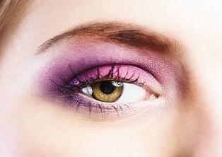 Hazel color eye with purple eyeshadow