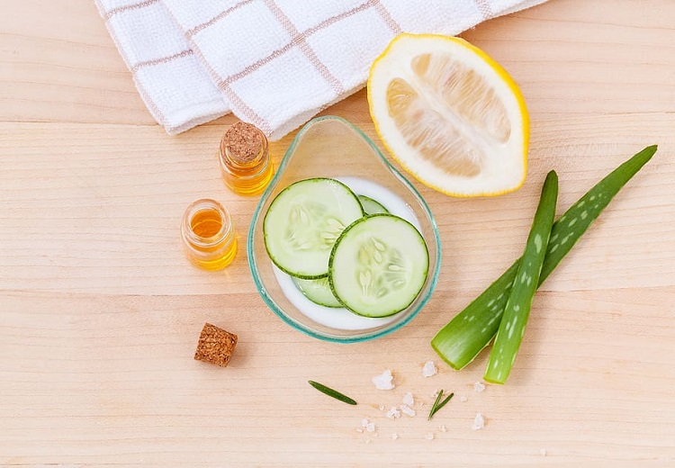 Ingredients to use homemade natural toner for skin