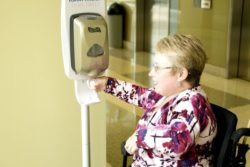 10 Best Hand Sanitizer Dispensers in India for Automatic & Touch-free Sanitizer Delivery