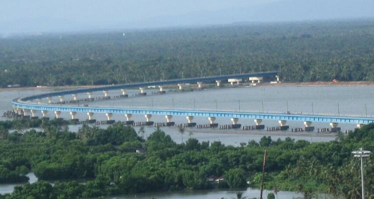 Vembanad Rail Bridge at Vallarpadam is the longest rail bridge in India